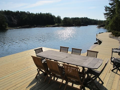 Stockholm archipelago villa with own private dock