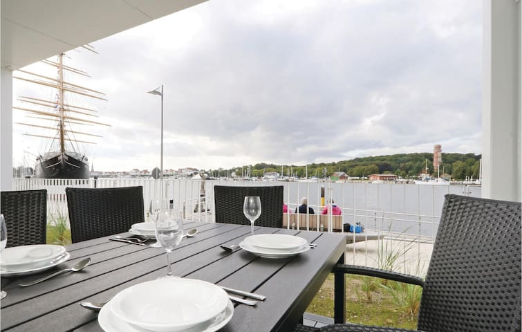 Holiday apartment with 1 bedroom on 52m² in Travemünde Waterfront