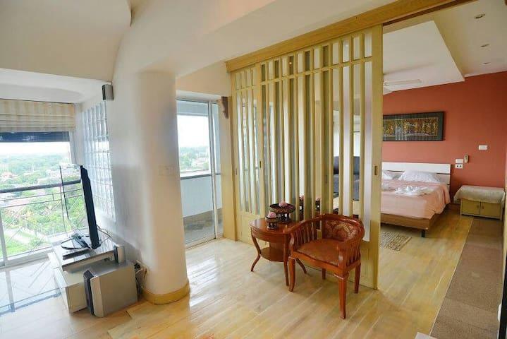 90sqm Big Cozy Apartment on Night Bazaar Road - Chiang Mai - Flat