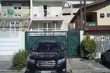 Garagem e casa