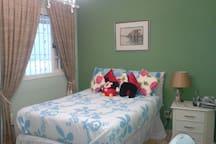 Quarto cama queen size