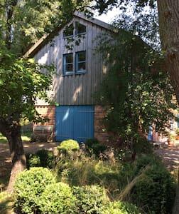 Jules einzigartiges Haus mit 2 Seen - Kappeln - Talo