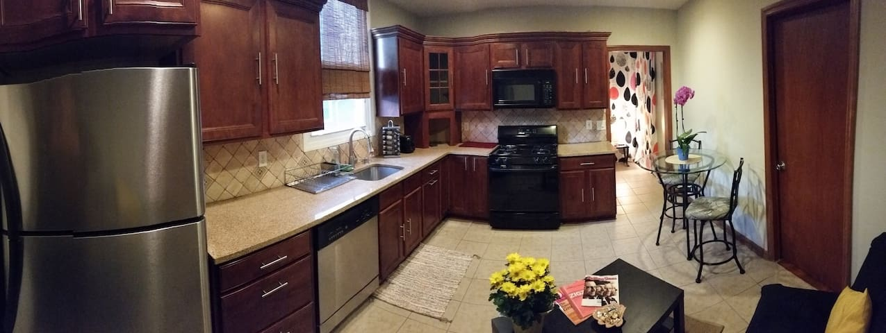Great Apart for 4 guests, very close to NYC - Kearny