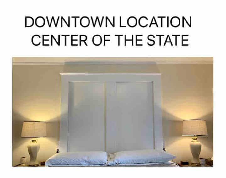 DOWNTOWN LOCATION, COMFORT & AMENITIES