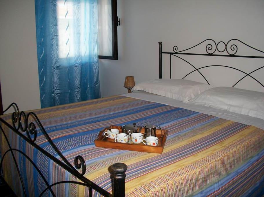 Camera da letto matrimoniale del bilocale