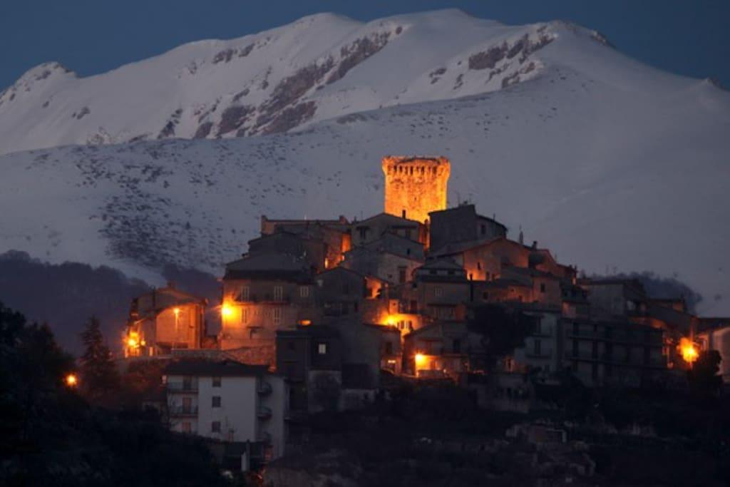 il borgo di Trevi nel Lazio in inverno.