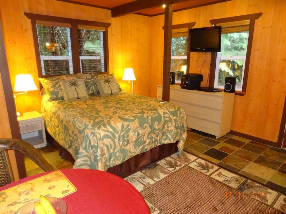 Alii Kane Cottages Ohia Cottage Guesthouses For Rent