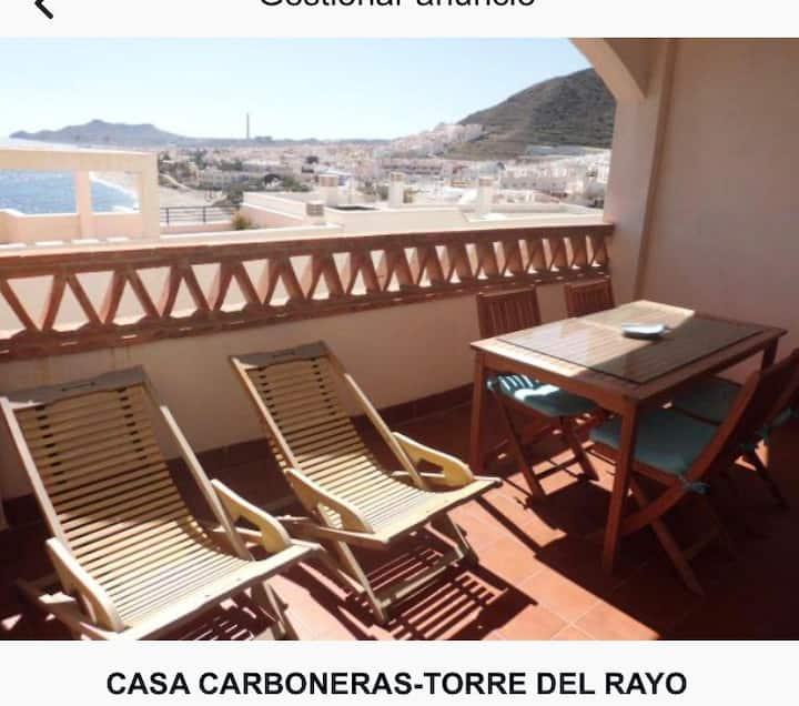 Estupendo apartamento con vistas al mar