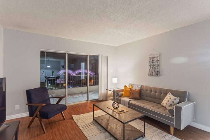 Modern Flat in Downtown Memphis + Walk Score 85