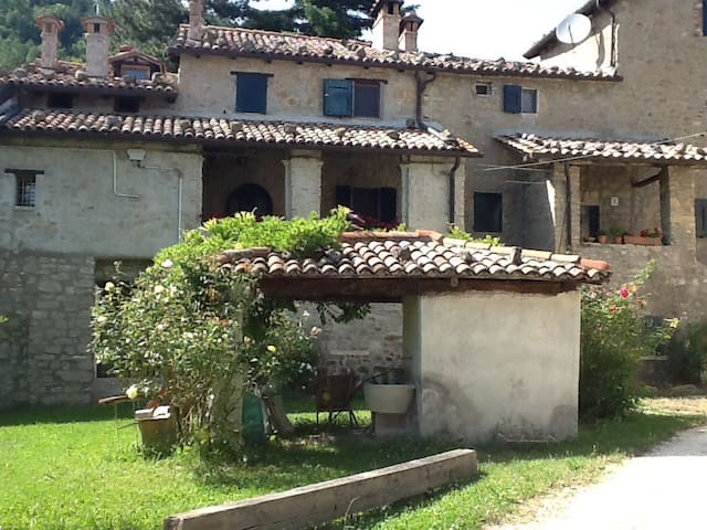 Beautiful house in the Appennini - Monterenzio - บ้าน