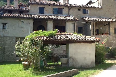 Beautiful house in the Appennini - Monterenzio - 一軒家