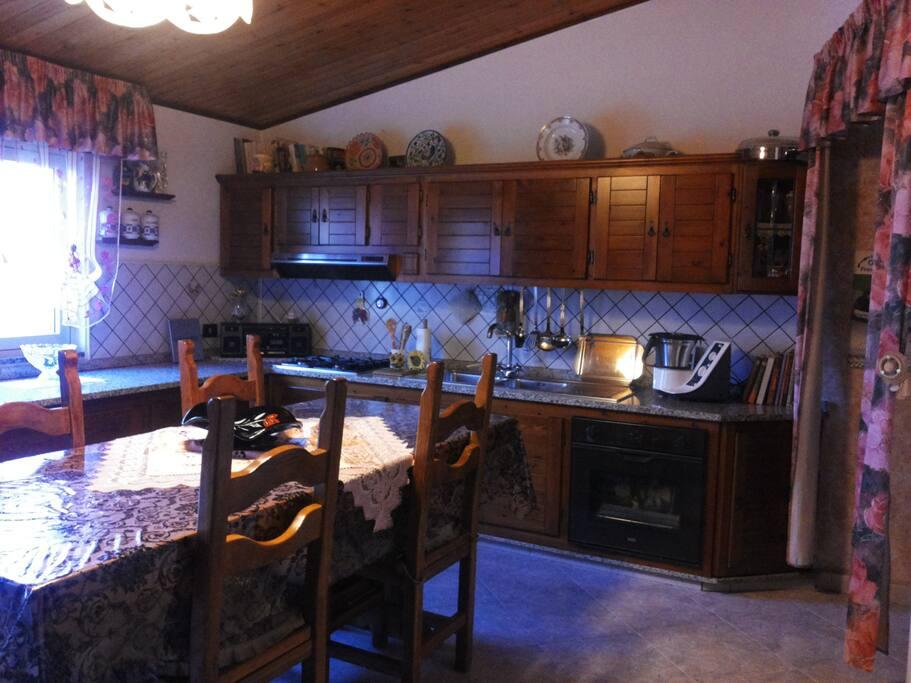 Cucina luminosa confortevole e...bella
