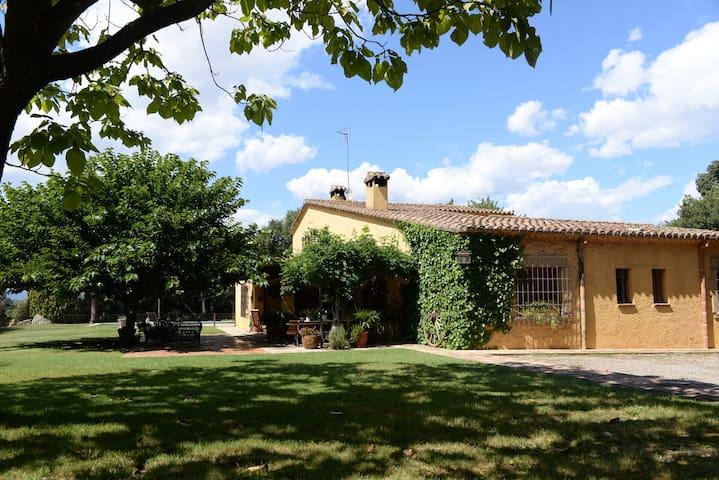La Camota: Encantadora casa rústica - Vilanova del Vallès - Casa