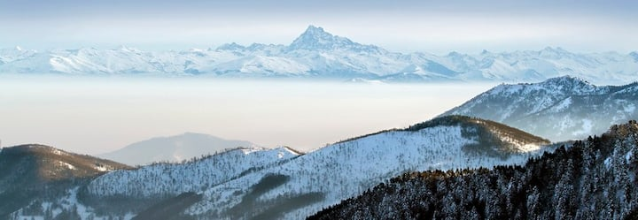 Apartment on the ski slopes