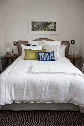 Boutique Bed Breakfast  - Launceston - Bed & Breakfast
