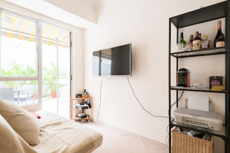 BD for single or couple/Sheung Wan - Sheung Wan - Apartment