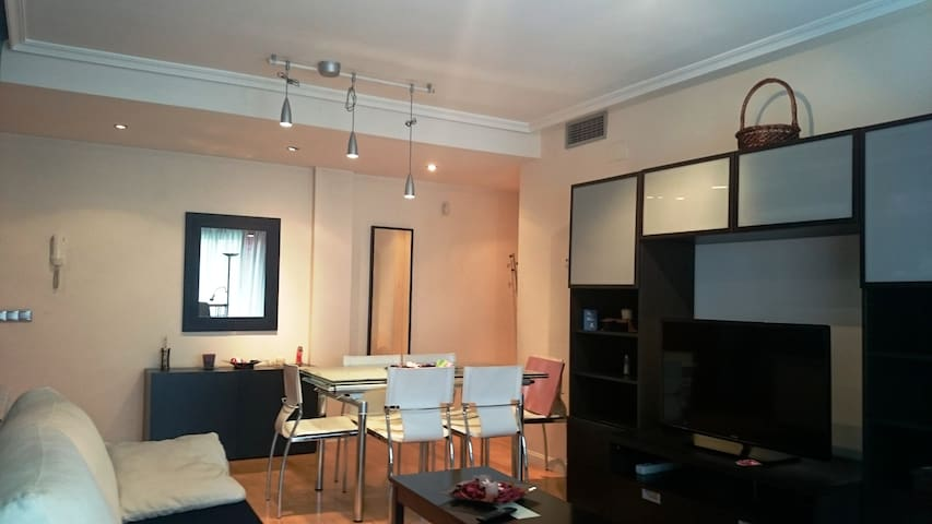 Madrid Amazing flat with pool - Majadahonda - Pis