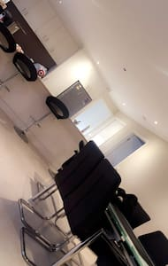 Spacious home - Dalyston - 一軒家