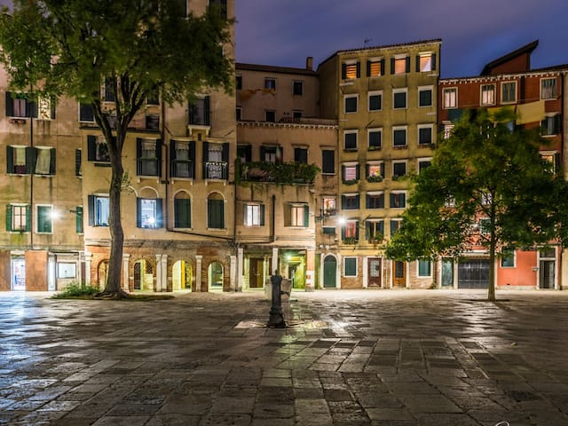 beautiful apartment in the ancient Jewish ghetto