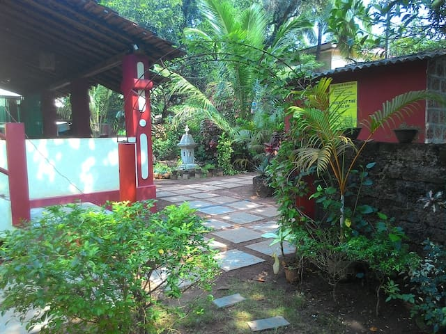 Double Room at Anjuna, Centrally located - Anjuna