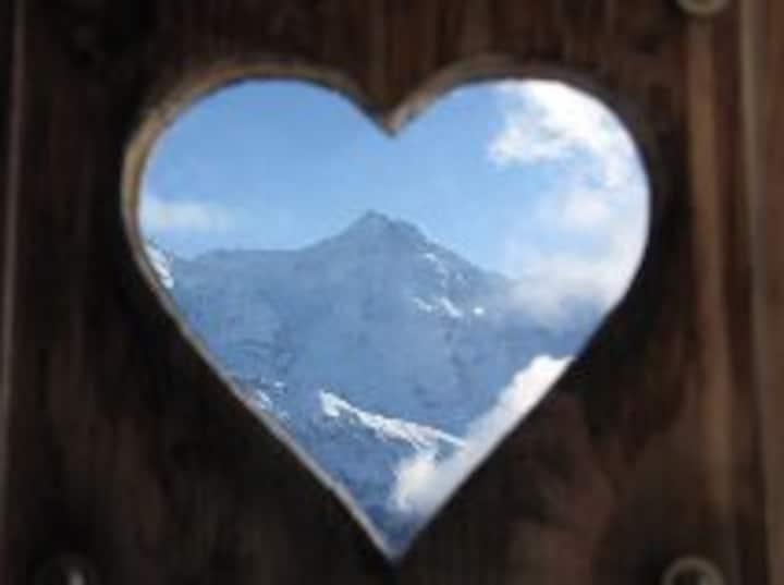 GrindelwaldHome Alpenglück