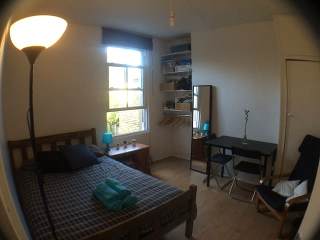 Fabulous double room in Zone 2