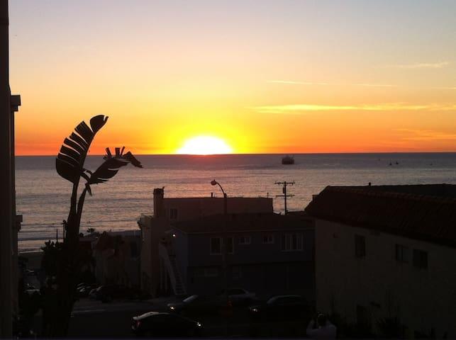 MB-El Porto Beach Getaway!OceanView - Manhattan Beach