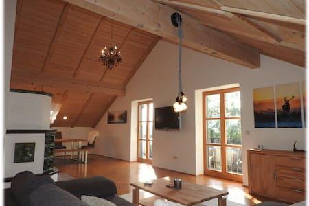 Penthouse suite for 6 people - Über den Wolken - Apartament