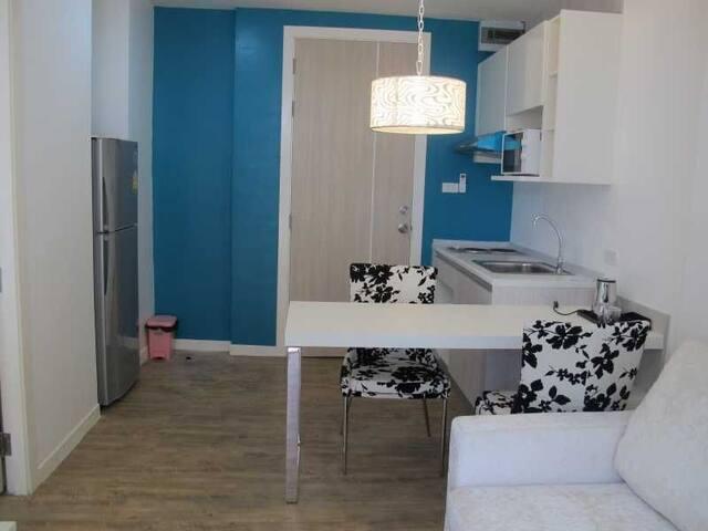 NEO SEAVIEW 海景公寓701