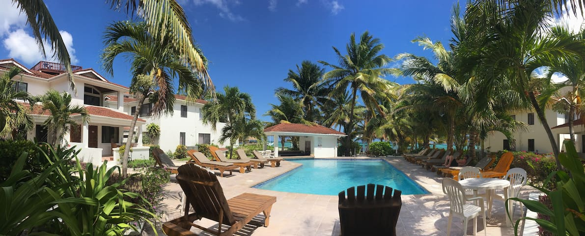 Tradewinds Paradise Villas Poolside - 21B