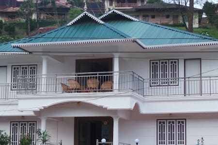 Aarons Cottage - Munnar