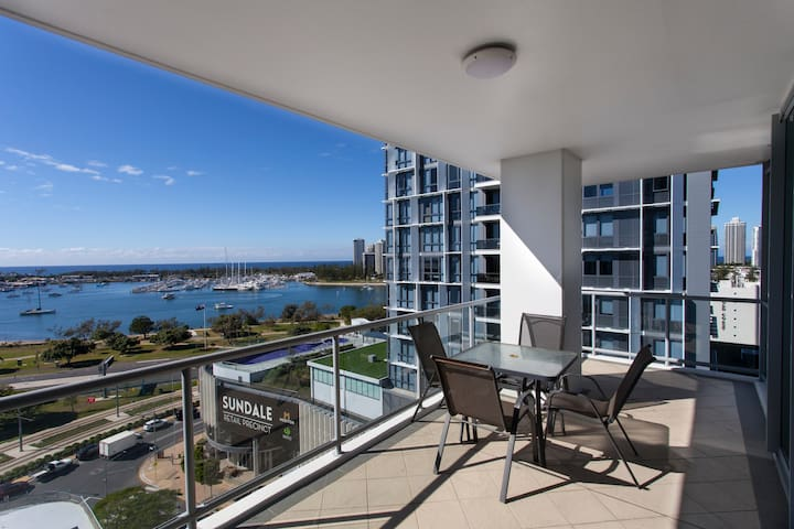 Brighton Shores - 1 Bedroom Oceanview Apartment - Min 7 nights