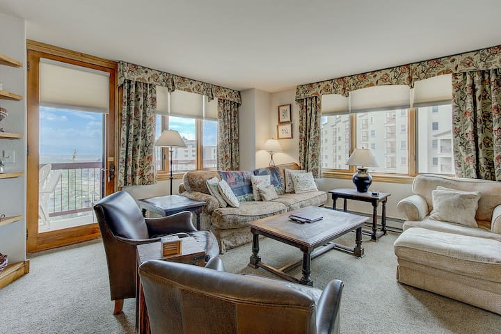 Slope-side retreat w/ private balcony, spacious accommodations, & shared pools!