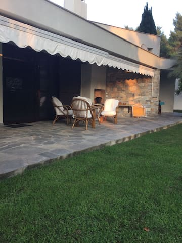 Luxurious Holiday Villa in Sani - Sane - Villa