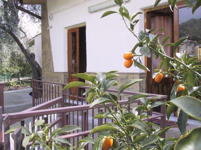 Casa in campagna vicino Taormina - Calatabiano - Haus
