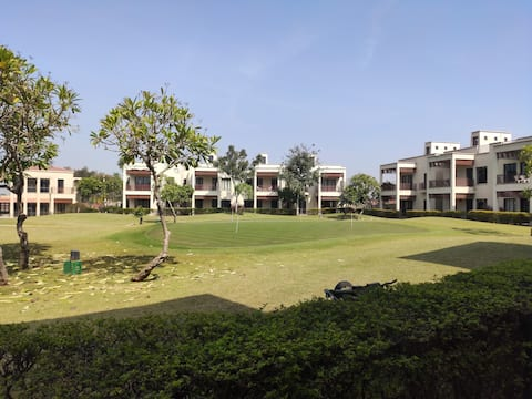 Studio Apartment in a Golf Resort near Gurgaon