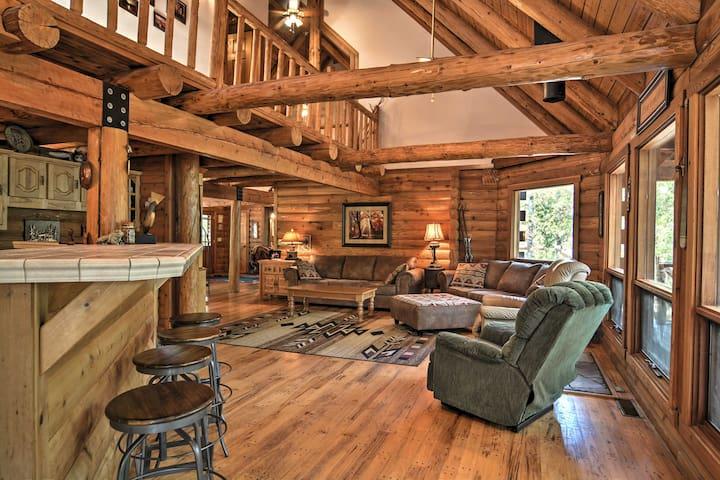 NEW! Lakefront 3BR Edgemont Cabin on 5.5 Acres!