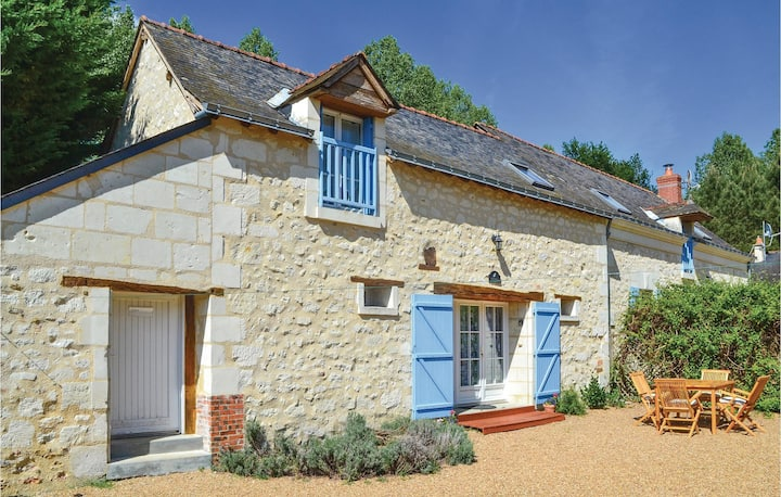 Semi-Detached with 2 bedrooms on 73m² in Vernoil