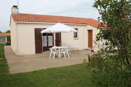 Maison en Vendée - Saint-Benoist-sur-Mer - Haus