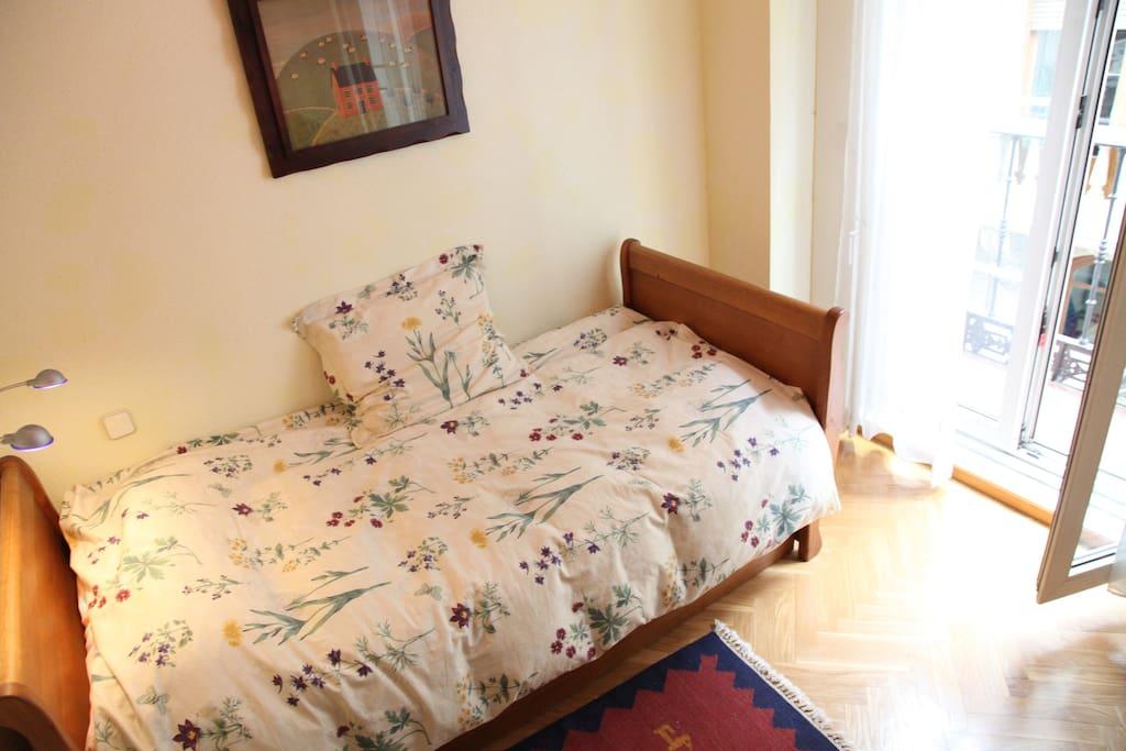Dormitorio funcional (dos camas nido)