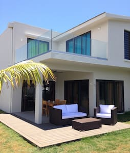 Villa bord de mer, Piscine, 4 Chb - Trou-aux-Biches