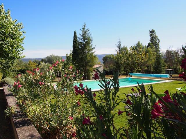 Gite piscine chauffée - Roussillon - Luberon - Roussillon - Huis