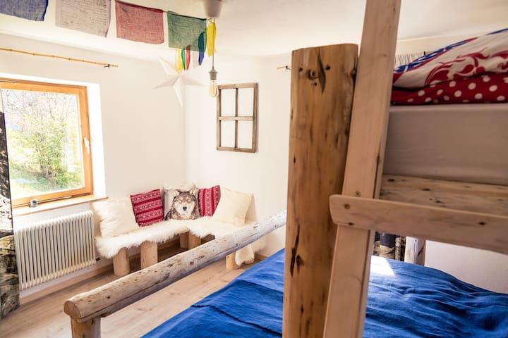 KREUZJOCH  3bedroom Zillertal - Gerlosberg - Bed & Breakfast