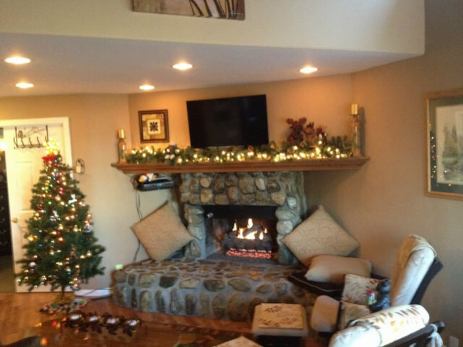 Home is personally decorated for guest arriving for the Christmas Holiday