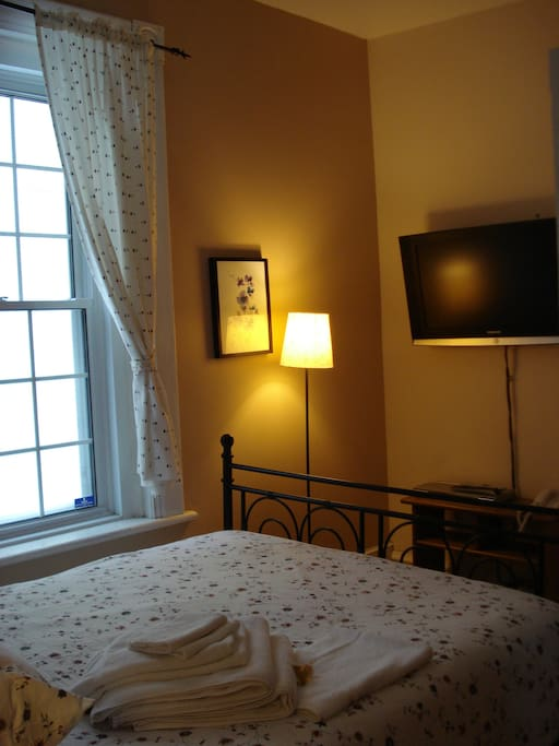 Traveller 39 s room breakfast chambres d 39 h tes louer for Chambre d hote montreal
