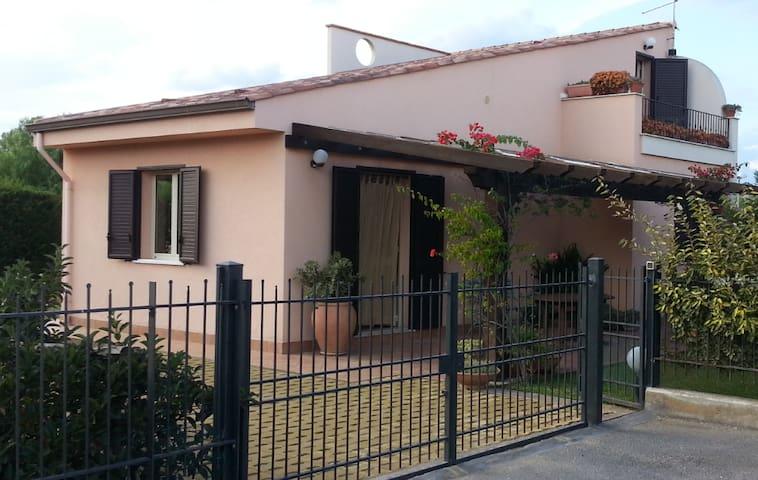 Villa  Francesca a 2 passi dal mare - Campofelice di Roccella - Vila