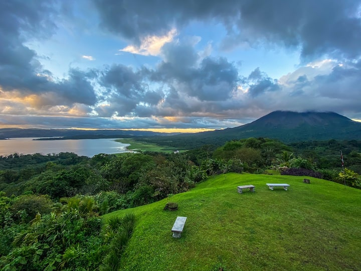 Room close to Arenal Lake - Castillo la Fortuna II