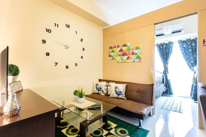 Affordable Getaway 1BR @ the HEART of MANILA