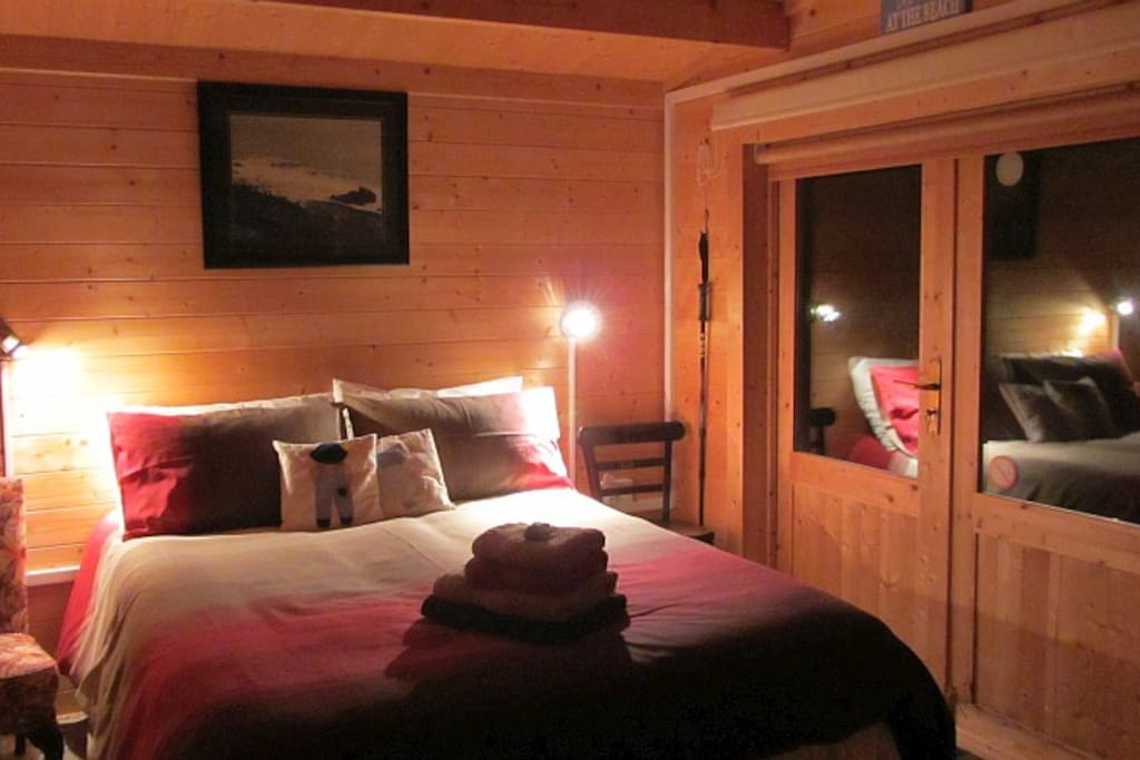 A romantic night in The Cabin.