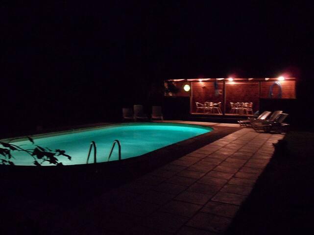 Pool & Veranda